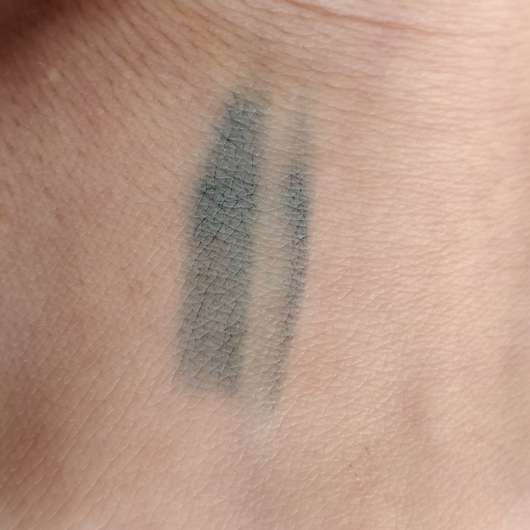 Sleek MakeUp Lifeproof 12 Hour Wear Metallic Eyeliner, Farbe: Misinformation - Swatch verwischt
