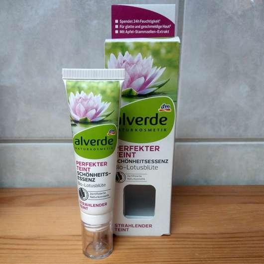 <strong>alverde Naturkosmetik</strong> Perfekter Teint Schönheitsessenz Bio-Lotusblüte