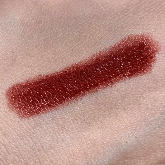 Honest Beauty Lip Crayon Sheer, Farbe: Bordeaux - Swatch