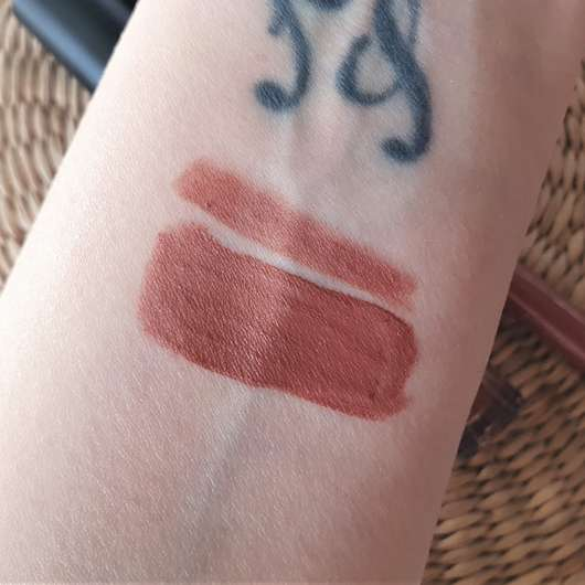 Rival loves me Mattitude Long-Lasting Lip Kit, Farbe: 05 desirable - Swatches