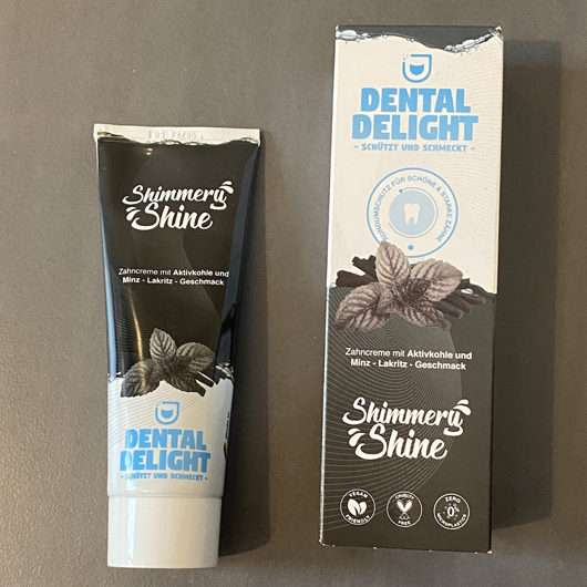 <strong>Dental Delight</strong> Shimmery Shine Zahncreme mit Aktivkohle