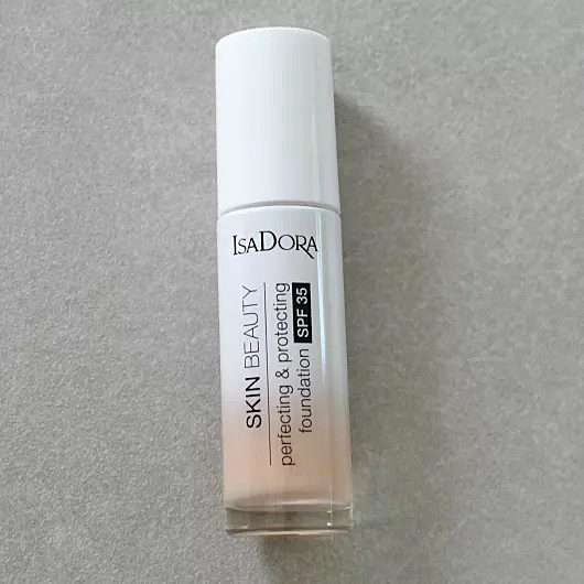 IsaDora Skin Beauty Perfecting & Protecting Foundation SPF 35, Farbe: 03 Nude
